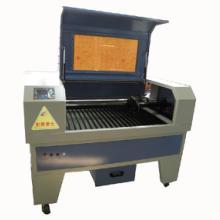 深圳激光生产厂家供亚克力激光切割机,金属切割机,光纤激光切割机图片