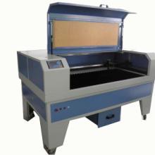 激光切割机裁剪布料皮革打样做货服装裁剪机,有机玻璃激光切割机图片