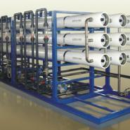 医药行业工艺用水膜分离系统图片