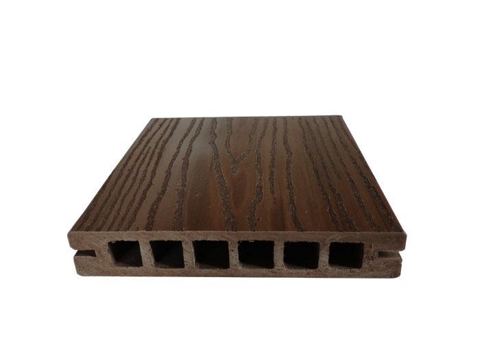 供应最合格的木塑地板