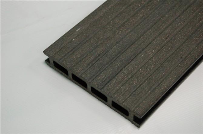 供应青岛木塑防火地板生产厂家-最优质的木塑地板批发商