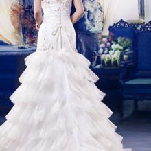 青岛婚纱礼服销售