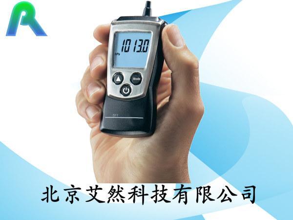...压力计图片简述:手持式绝对压力计绝压计绝压测量仪绝对压力...