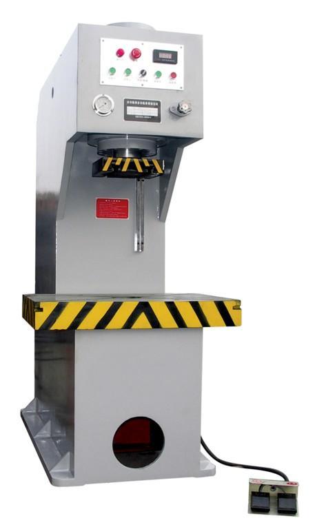 供应100吨卧式液压机卧式油压图片