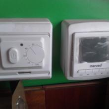 供应电热膜温控器的安装