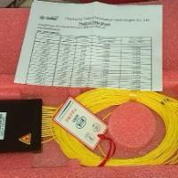 供应SC/FC光分路器/分光器/光纤跳线/1分4/8/16/32