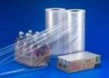 供应饮料包装常用薄膜PE热收缩膜PE收缩膜定制深圳PE石膏线收缩厂家批发