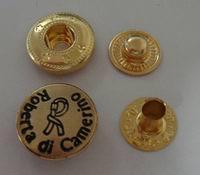 厂家供应四合扣 五爪扣 各种规格金属纽扣