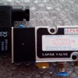 供应2/5通单电控电磁换向阀+意大利AMISCO线圈 电压220V