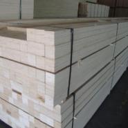 烨鲁木业专业生产供应LVL胶合板图片