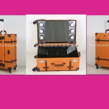 供应带灯拉杆脚架化妆箱彩妆工具收纳箱 带镜化妆灯箱大型彩妆台图片