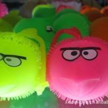 闪光疯狂的小鸟 毛毛球 发光玩具球