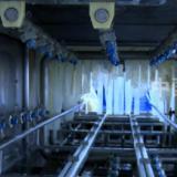 容器具清洗机,塑料容器,各种形状容器多角度清洗,高压水流冲刷