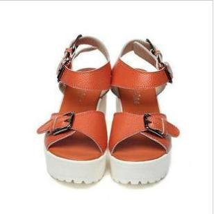 2012夏季新款真皮厚底松糕鞋皮带扣图片