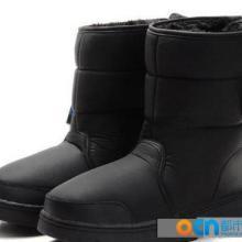 供应雪地靴厂家长期供应儿童棉靴批发