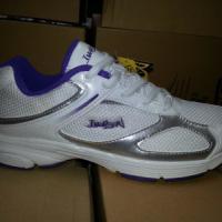 艾弗森女网跑鞋批发