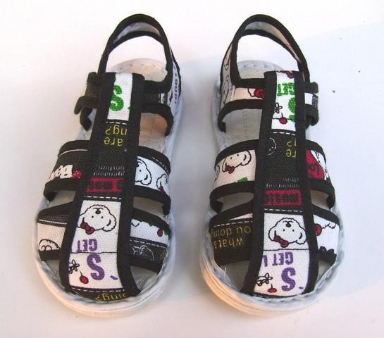 河南新乡宝宝手工布凉鞋/学步鞋/小熊猫生产供应商