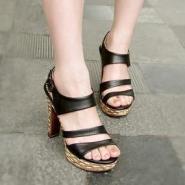 2012夏季新款凉鞋女罗马高跟女图片