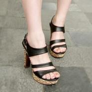 2012夏季新款凉鞋女罗马高跟女鞋厚图片