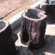 供应水泥仿木垃圾桶厂家成都仿木仿石