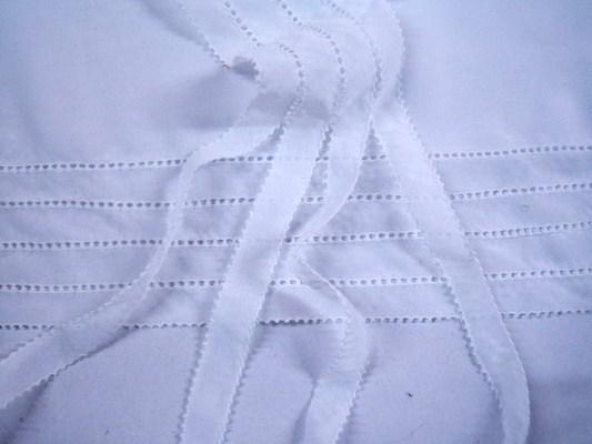 供应上海服装特种绣花缝制-对丝工艺加工 服装加工 服装绣花 特种绣花