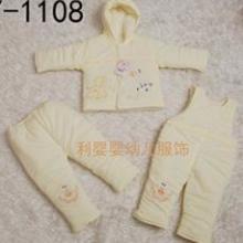 供应婴儿冬季服装婴儿连体衣秋冬款加厚宝宝纯棉衣哈衣批发