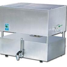 供应全自动电热蒸馏水机图片
