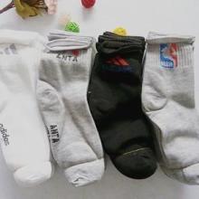 供应各种袜子批发运动袜批发