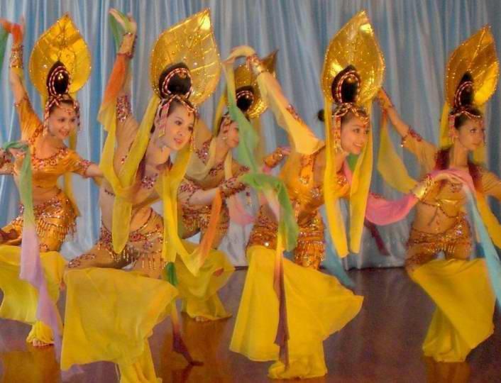 杭州民族舞印度舞表演傣族舞图片