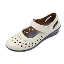 厂家直销外贸原单女士休闲鞋妈妈鞋303批发