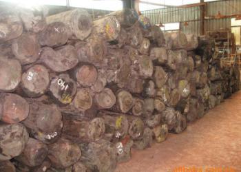 代理马来西亚橡胶木材进口报关图片