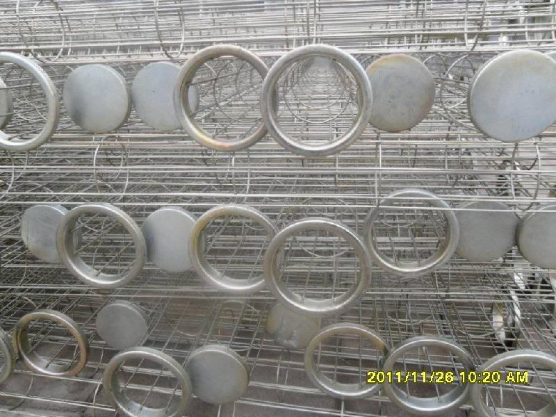 除尘器骨架图片简述:本公司使用高频焊机一次焊接骨架成型高清图片