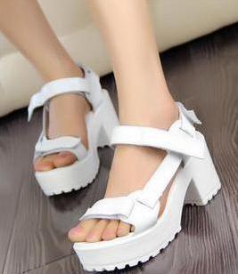 2012新品欧美白色高跟鞋牛皮防水台图片
