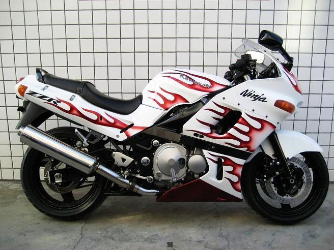 ZR400进口摩托车重型机车 川崎价格 碣石重型机车行图片