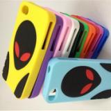 供应时尚又好看的外星人iphone4硅胶手机套