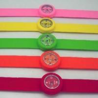 供应硅胶啪啪手表生产厂家