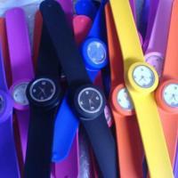 供应硅胶啪啪手表开模定制