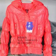 贸服装批发常年批发四季服装图片