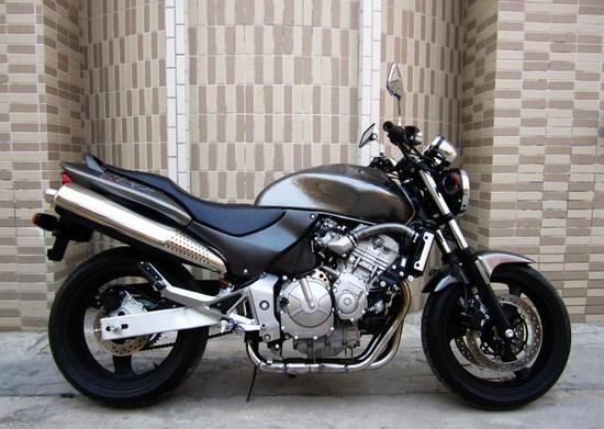 大黄蜂摩托车600 本田大黄蜂600报价 本田大黄蜂摩托车报价高清图片
