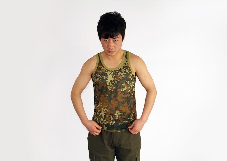 棉背心供应商/生产供应时尚军男式绿迷彩小背心莱卡