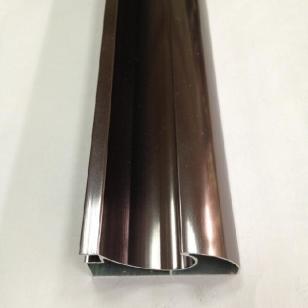 云南高端晶钢门铝材图片