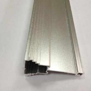 喷砂银晾衣架铝材图片