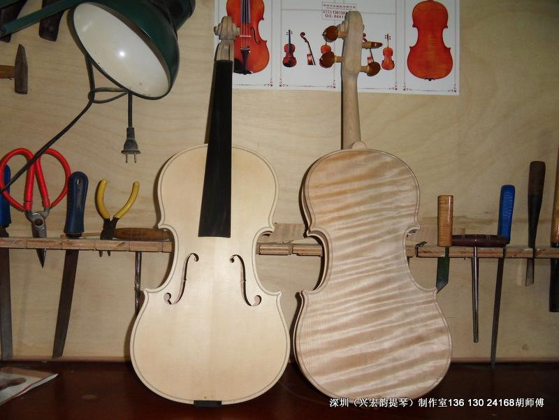 小提琴琴弦图片