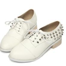 供应2012韩版复古英伦风平底铆钉装饰单鞋系带休闲低帮女鞋批发
