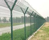 供应护栏网公路铁路护栏网机场护栏网体育场护栏网