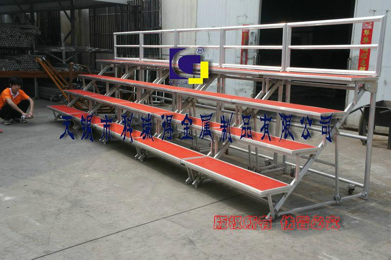 供应阶梯合唱台,钢铁折叠合唱台图片
