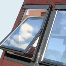 美观舒适通风良好别墅天窗安装厂家批发
