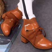 英伦学院风厚底系带马丁靴女靴图片