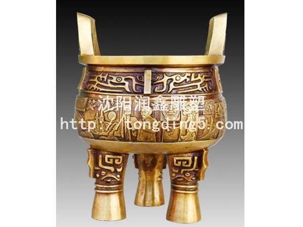 吉林雕塑生产厂家供应仿古三足鼎,提供三足鼎价格