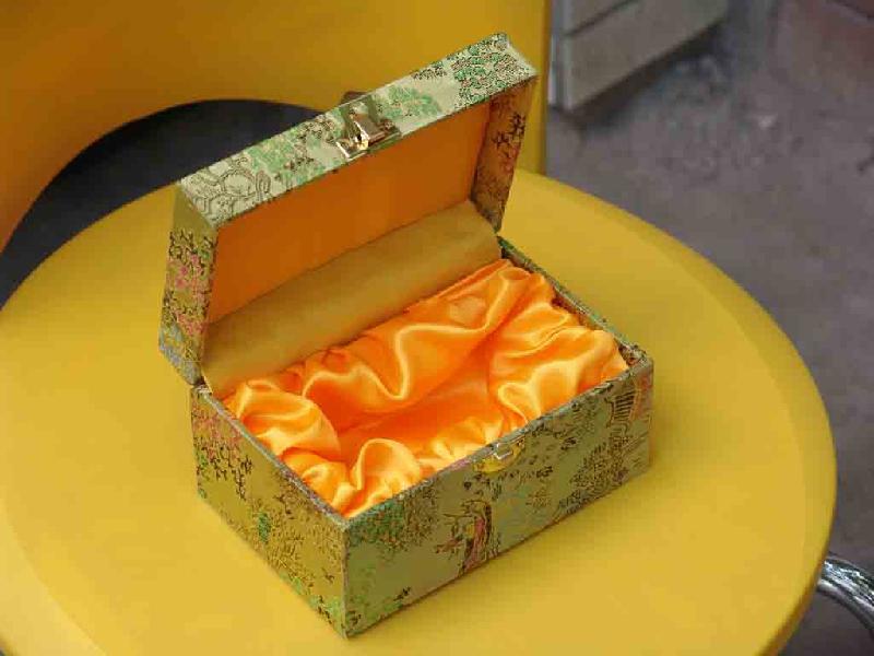 供应陶瓷锦盒,工艺品锦盒,首饰锦盒